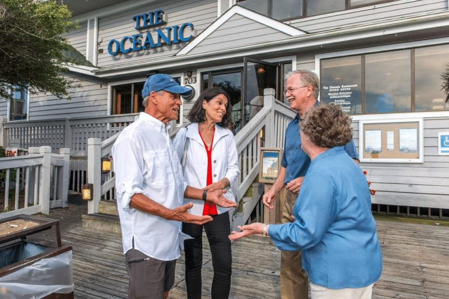 What's the Difference Between a 55+ Community and an Active Senior Living Community?